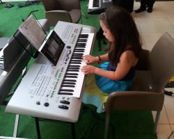 Gra na instrumentach a rozwój mózgu.